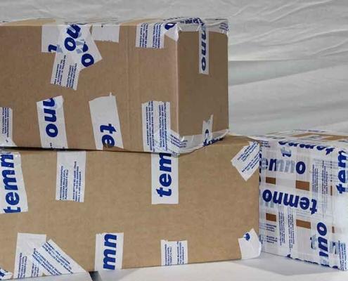 Imballaggio prodotti in scatoloni