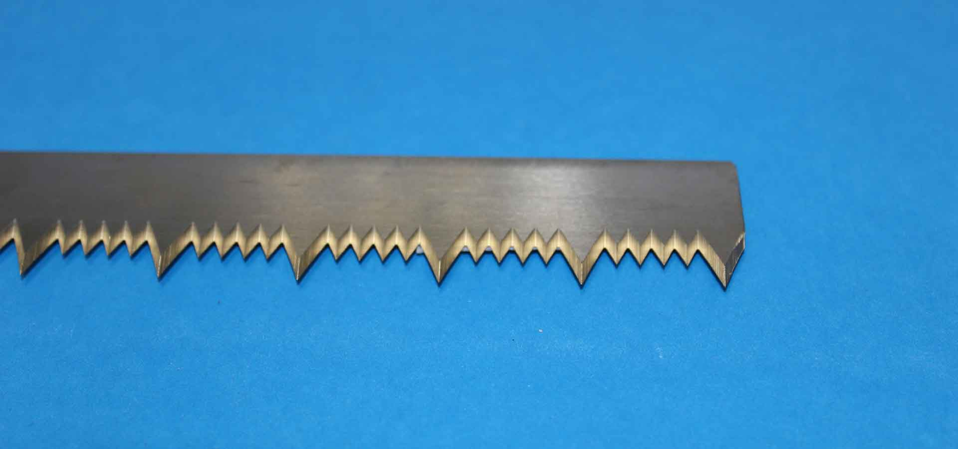 Straight blades