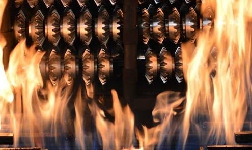 Heat treatment blades for industrial use